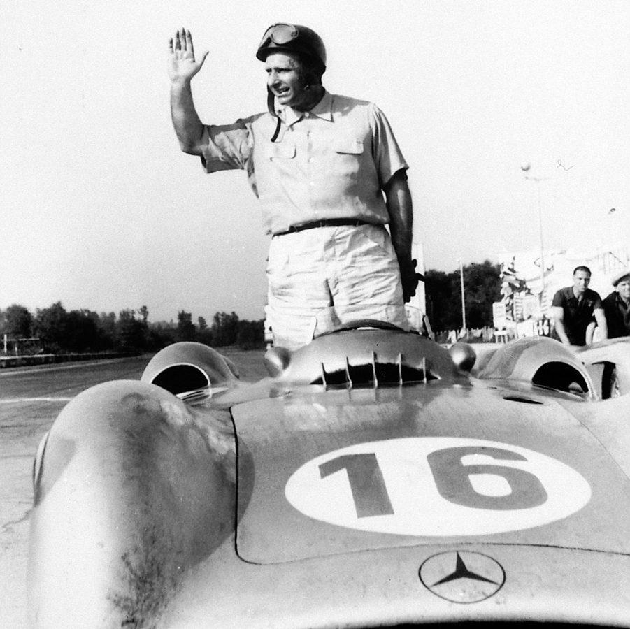 Mercedes-Benz recuerda a Fangio, a 110 años de su nacimiento