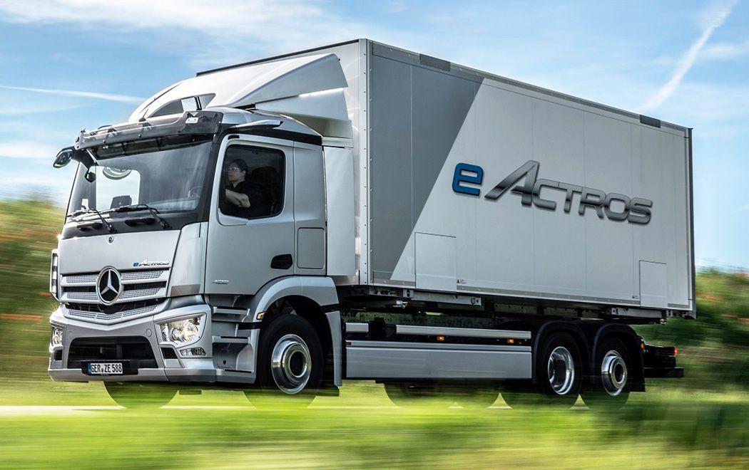 Mercedes-Benz presentó el eActros: su primer camión eléctrico producido en serie