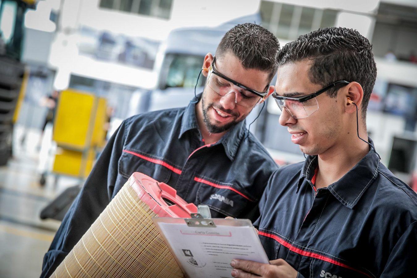 Scania lanzó en todo el país el programa Técnicos del Futuro