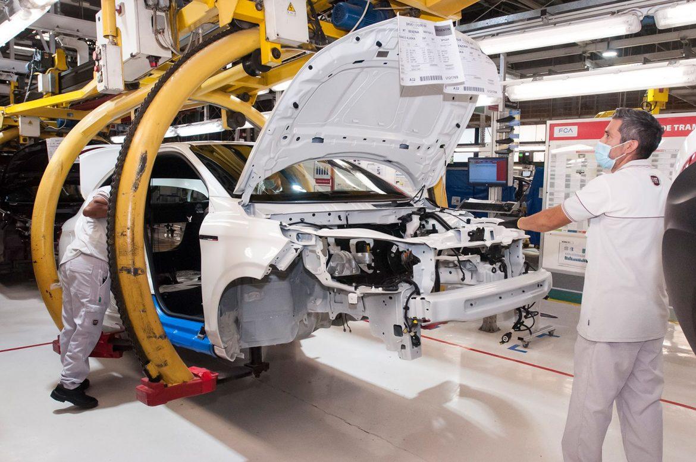Producción: ¿Cuántas unidades se fabricaron en Agosto de 2021?