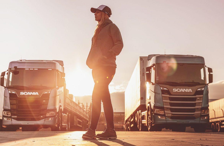 Scania abrió la inscripción a la tercera edición de «Conductoras»